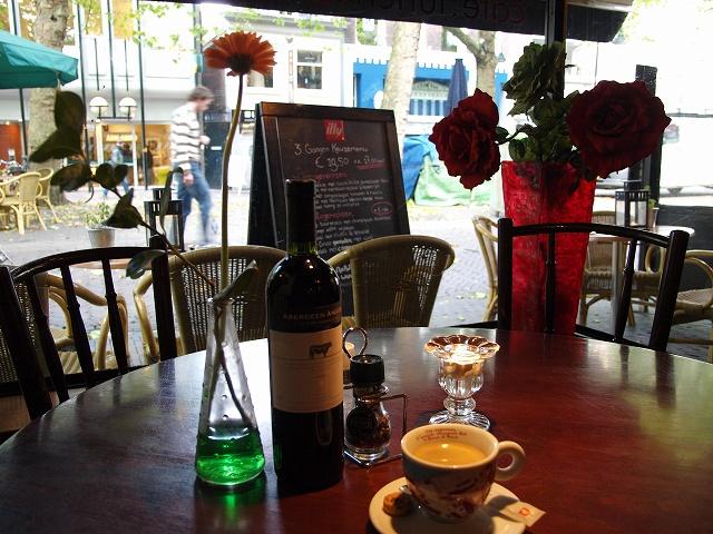 cafe (2).jpg